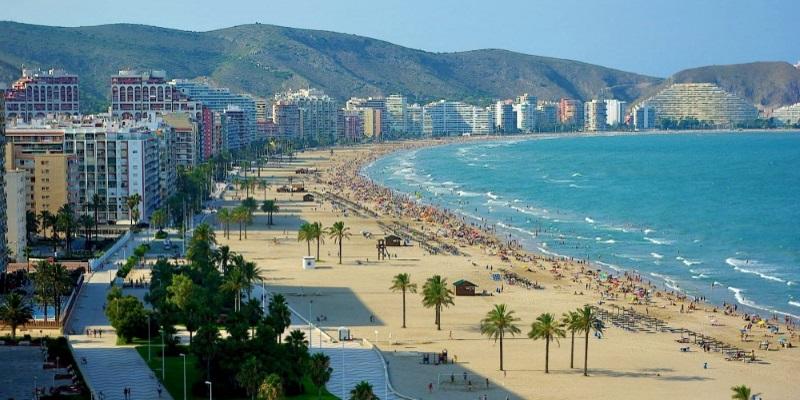 Кульера – город пляжей и пиратов